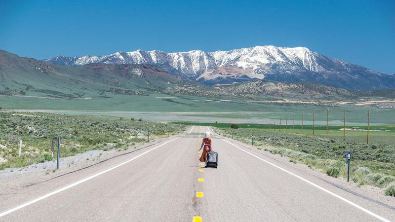 Nevada-HWY-50-Loneliest-Road-in-America-Random-Stops-Attractions-Long-streches-of-Road.jpg