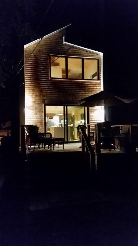 houseback05.jpg