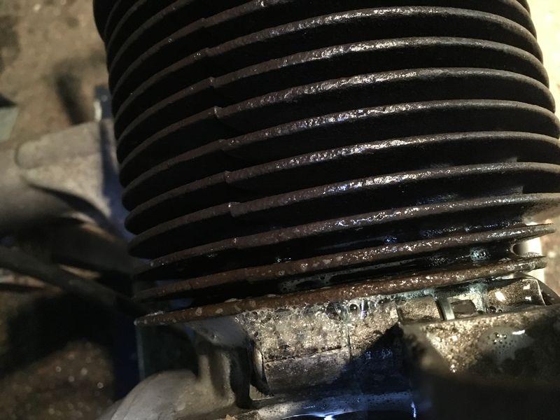 Modern Vespa : Help needed with detecting air leak