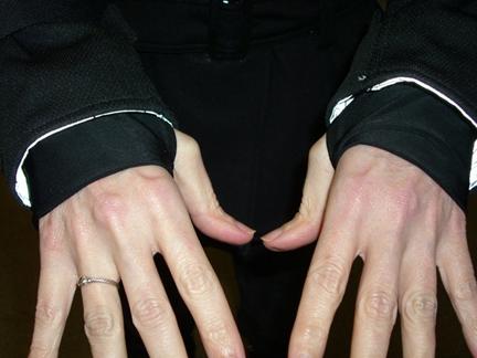 handssmall.jpg