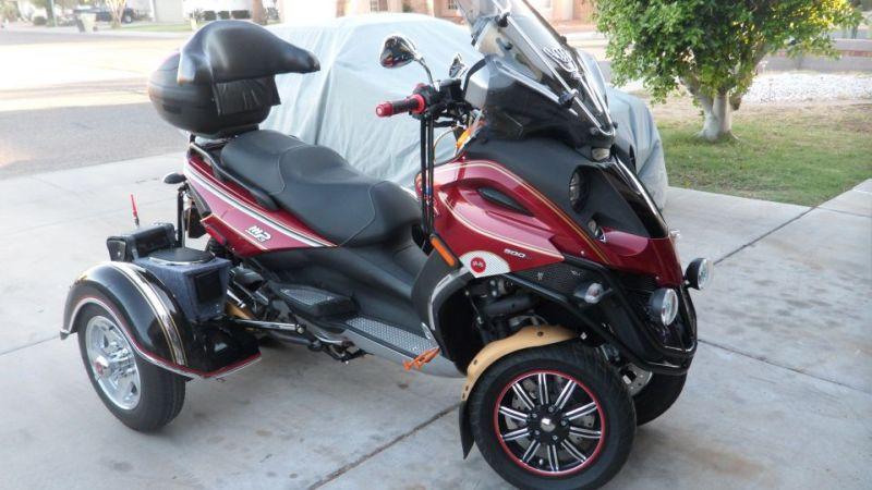 modern vespa : 2009 piaggio mp3 500 - trike