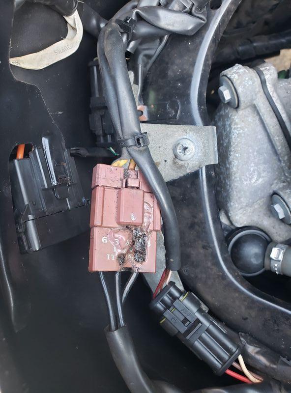 Modern Vespa   Vespa Gts Electrical Problem