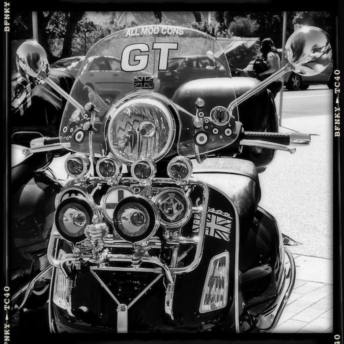 GT200 in B&W.jpg
