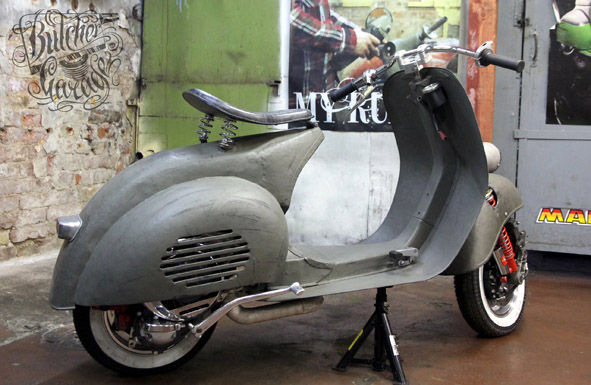 modern vespa acma from vietnamese home made to russian custom. Black Bedroom Furniture Sets. Home Design Ideas