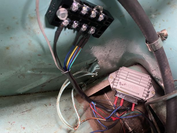 20a - Stator block and AC regulator.jpg