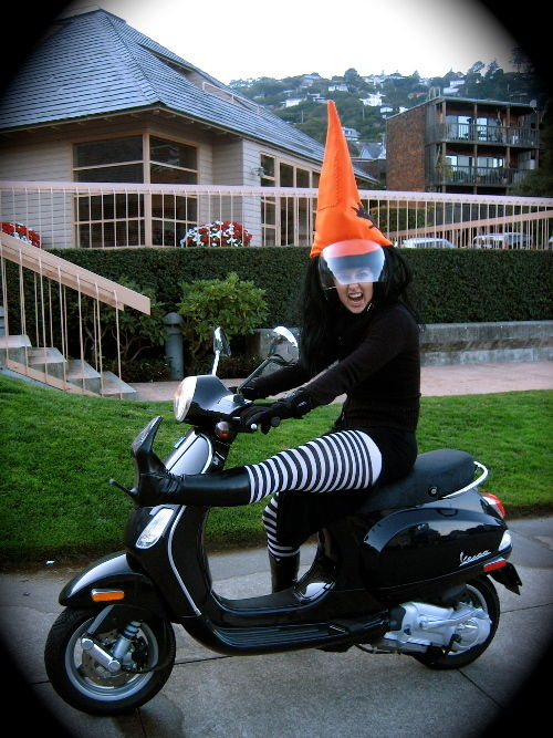 vespa-witch[1].jpg