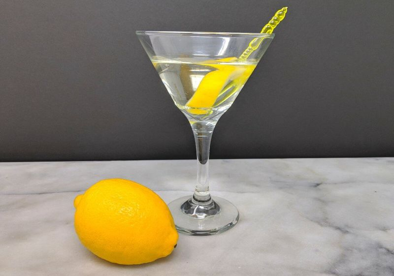 vesper-martini-cocktail-2.jpg