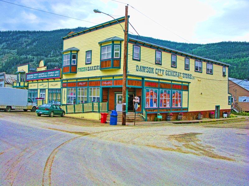 Dawson_City_3.jpg