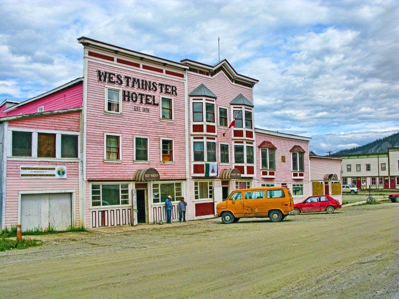Hotels_Bars_3.jpg