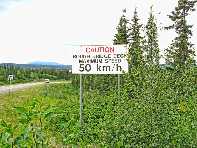 Teslin_Bridge_Warning.jpg