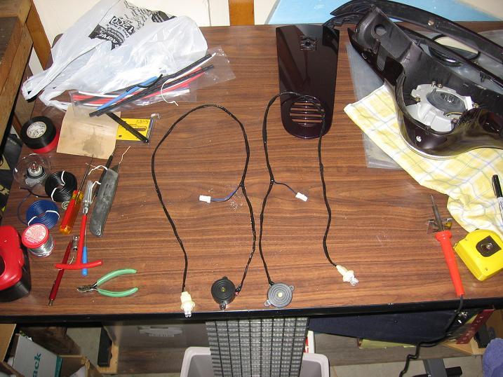 Modern Vespa   Lx150 Turn Signal Euro Mod   Buzzers