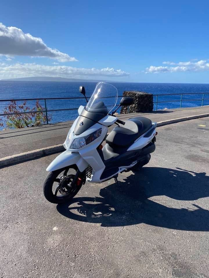 Maui Rental Scooter Citycom.jpg