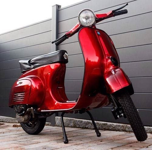 Vespa-v50-Lackierung-Candy-Blood-Red-2.jpg