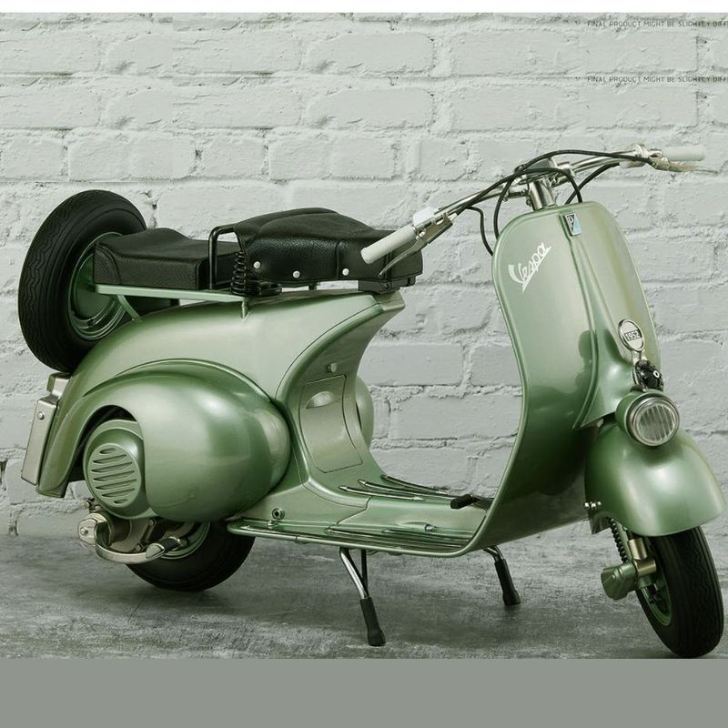 1951-vespa-125-roman-holiday-toy-2_1.jpg