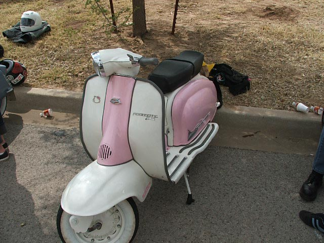 Scoots 004.jpg