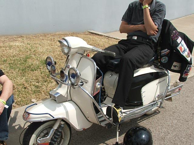 Scoots 006.jpg