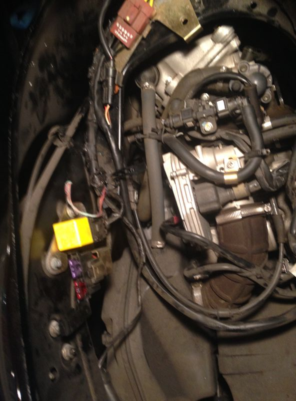 Modern Vespa : GTV 250 - electrical short caused wiring ... on