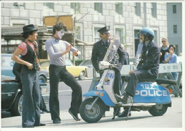NY POLICE VESPA 1978 11-5-10.JPG