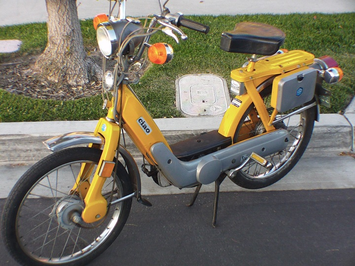 modern vespa vespa piaggio ciao 1977 moped 1000 obo. Black Bedroom Furniture Sets. Home Design Ideas