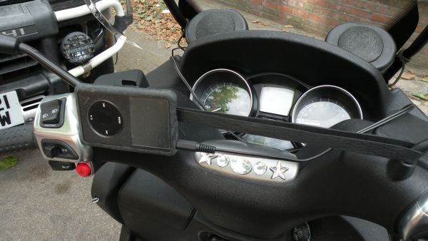 Modern Vespa Has Anyone Done A Stereo On There Scoot
