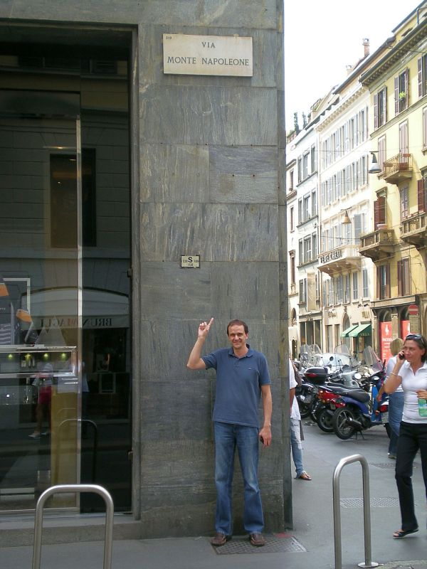 Montenapoleone2010-small.jpg
