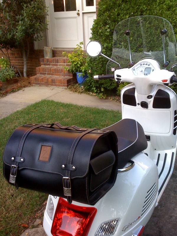 modern vespa piaggio leather top case finally got one. Black Bedroom Furniture Sets. Home Design Ideas