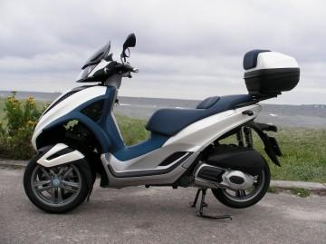 modern vespa : my new mp3 yourban 300