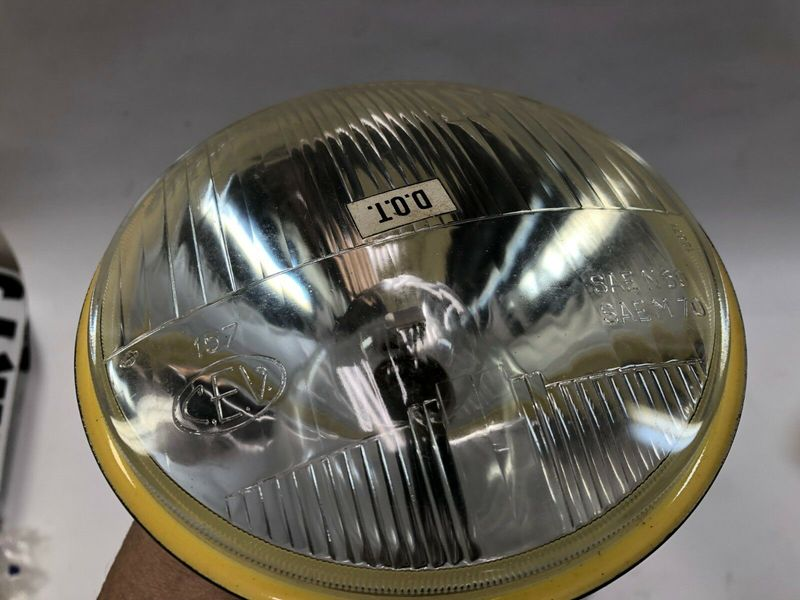 Harley-CEV-NOS-6-volt-headlight-headlamp-Aermacchi-_57.jpg