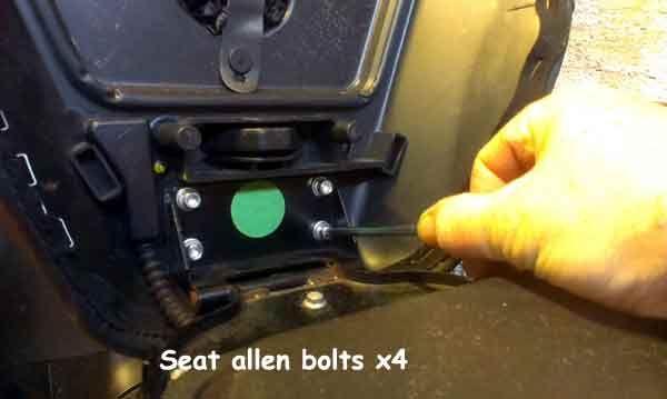 Seat-bolts.jpg