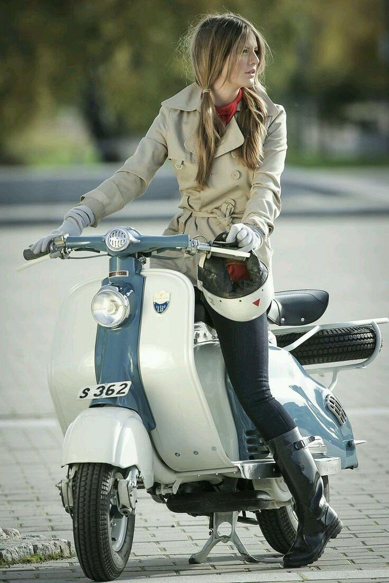scooter-girl-vespas-135.jpg