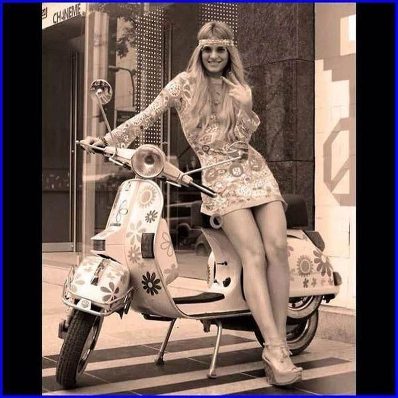 scooter-girl-vespas-23.jpg
