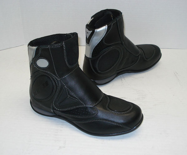 Dainese μποτάκια.. Dainese_quito_boots_937