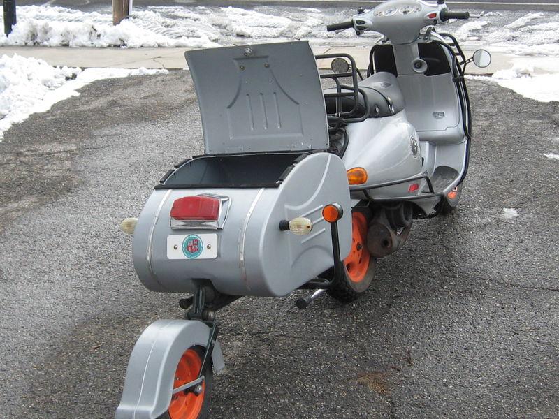 scooter pics 126.JPG