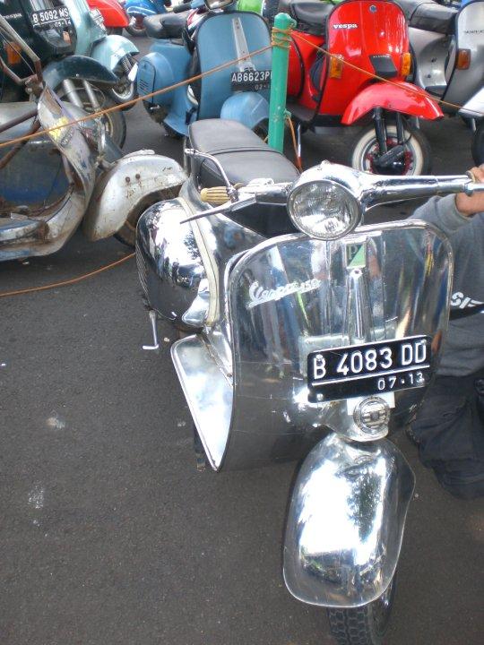 Modern Vespa Amprox 2nd Jakarta Vespa Fest Photo Gallery