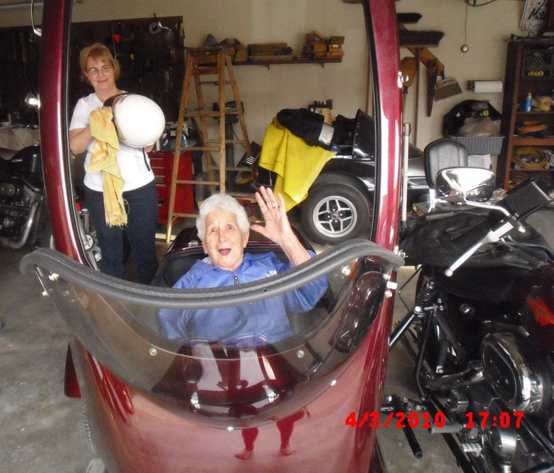 Mom in sidecar.jpg
