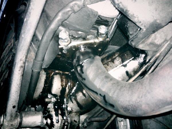 vespa px 2 stroke oil leak