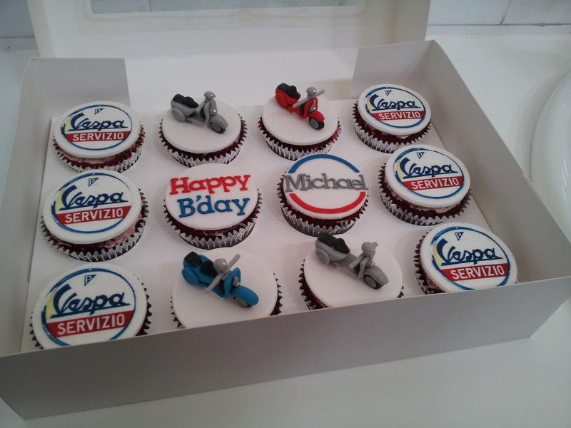 Modern Vespa My birthday cupcakes