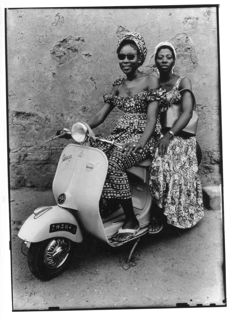 Women-on-Vespa.jpg