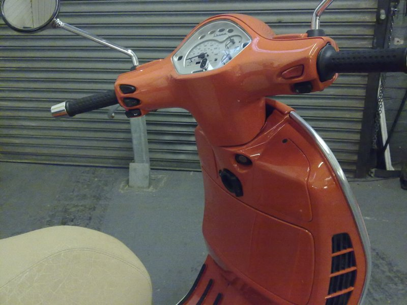 Modern vespa grantourismorange 125gt to gt s recreation for 101 beauty salon beverley