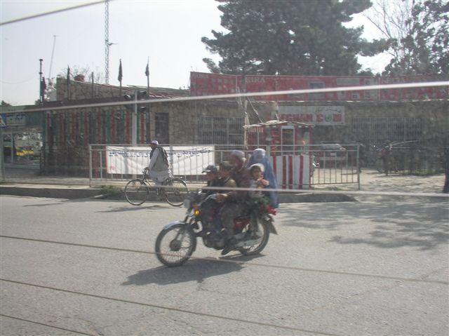 Afghan Pictures taken 11 Apr 07 005 (2).jpg