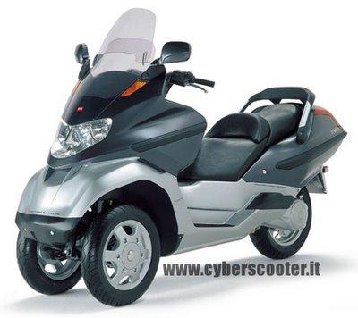 Modern Vespa Vespa Ape Pics Photos - Piaggiomp3 Three Wheeled Scooter