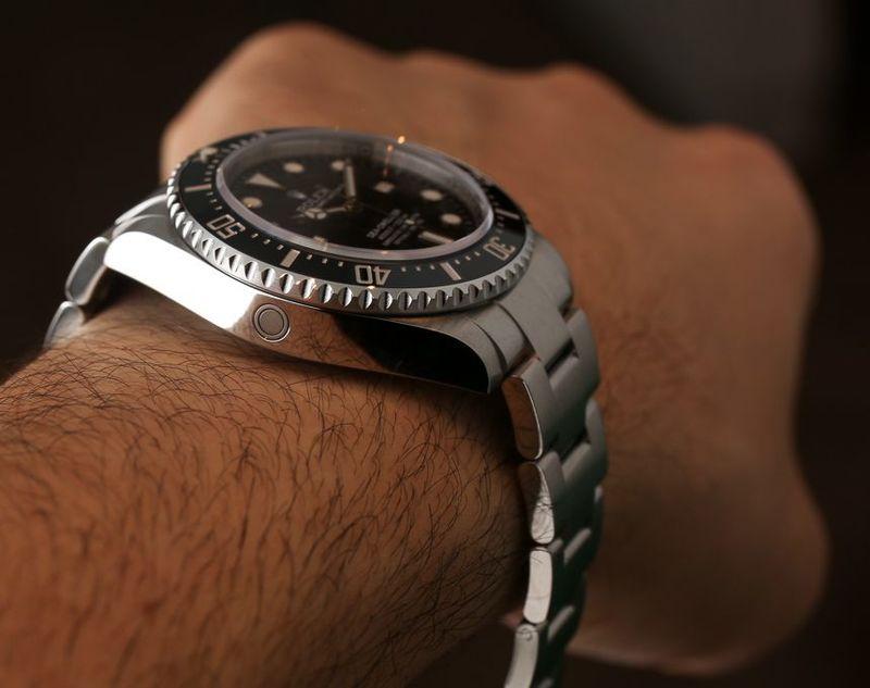 Rolex-Sea-Dweller-4000-116600-watch-13.jpg
