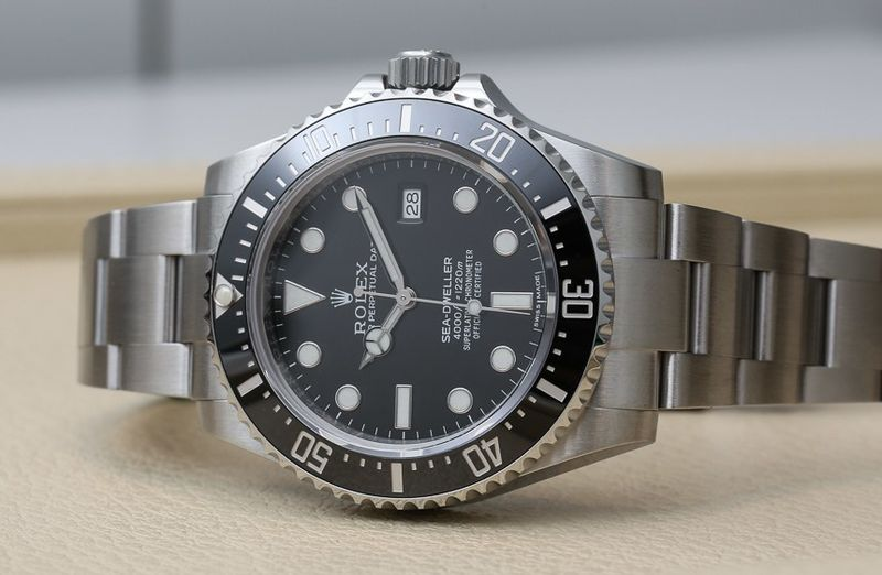 Rolex-Sea-Dweller-4000-116600-watch-22.jpg