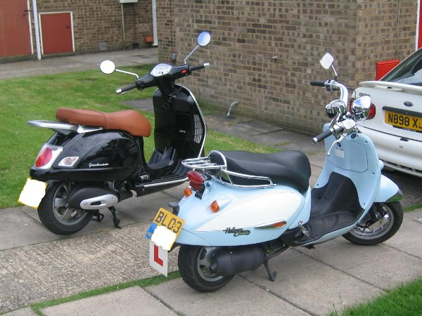 modern vespa uk i have finally convinced the other half to get a scooter. Black Bedroom Furniture Sets. Home Design Ideas