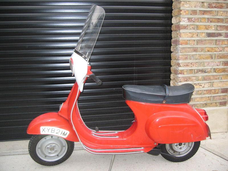 1974-vespa-douglas-90-cc-small-frame-2.JPG