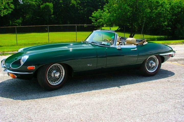 Jaguar XKE.JPG