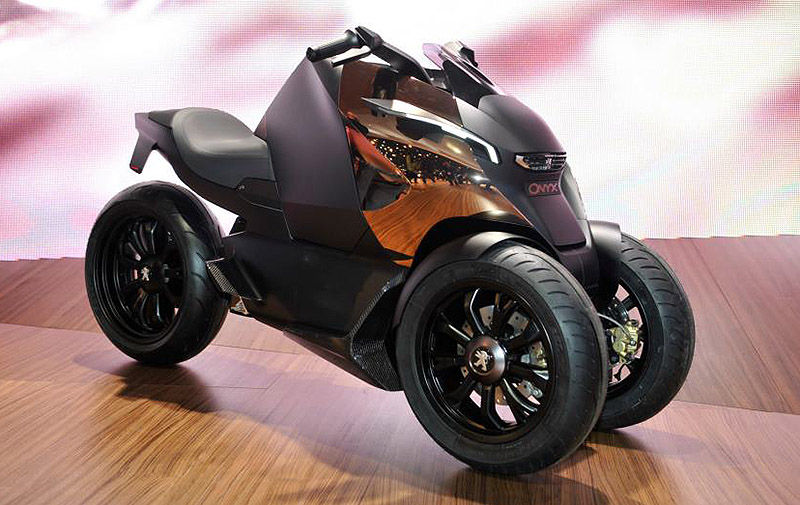 modern vespa peugeot onyx scooter hybrid scoot. Black Bedroom Furniture Sets. Home Design Ideas