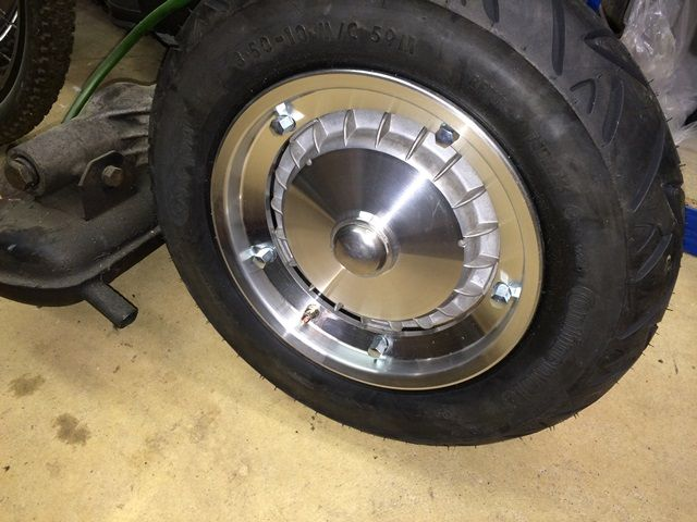 rear hub.jpg