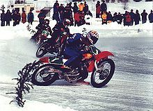 220px-Motorcycly_speedway_on_ice.jpg