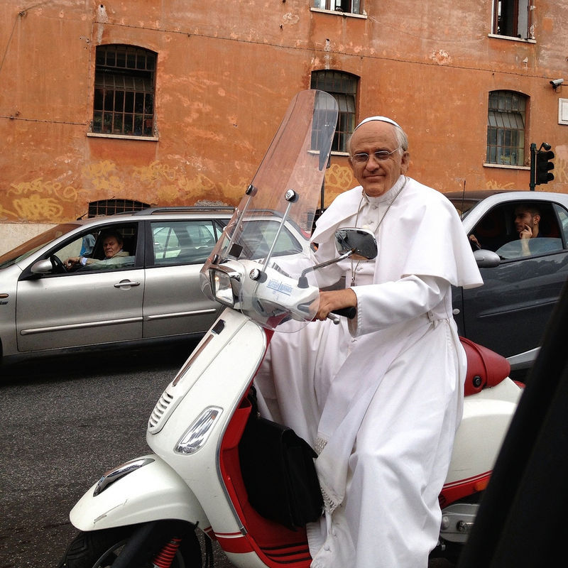 pope_on_vespa_55527.jpg